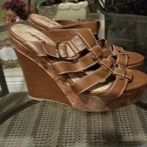 Brown wedges faux leather 8